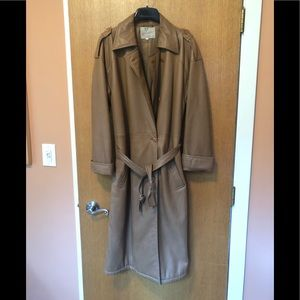 Gucci -woman's long soft leather coat